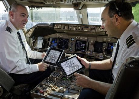 iPad Airplane paper